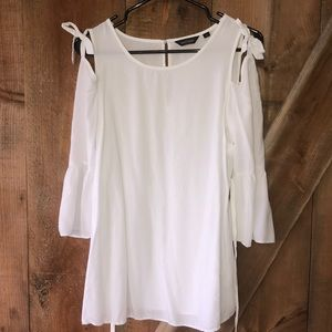 Stork & Babe white maternity top size small